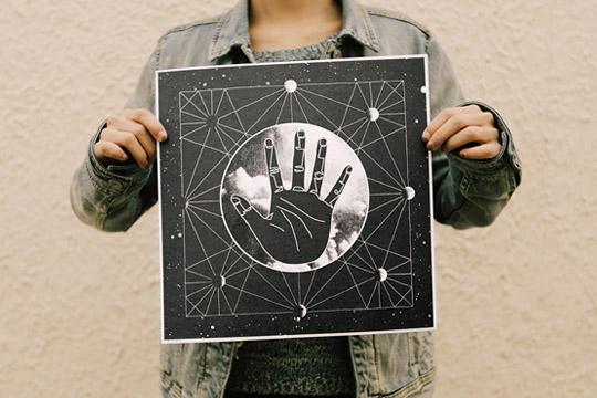 Hand of Paradox